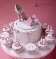 Shoe snd Bow Cake Set