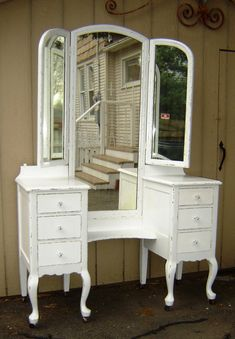 Project-Beautiful Vintage White Shabby Chic Vanity