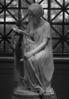 The Reading Girl • Pietro Magni, 1856