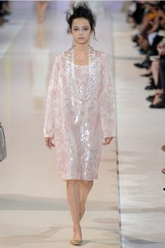 Rochas Spring 2014 Ready-to-Wear Collection Slideshow on Style.com
