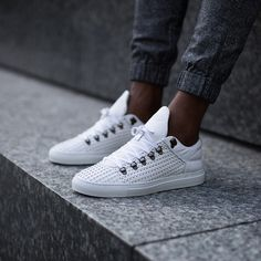 Filling Pieces Mountain Cut white Wired and rope leather available online and through our selected retailers worldwide Casual Sneakers, White Sneakers, Sneakers Fashion, Casual Shoes, Kicks Shoes, Men's Shoes, Shoe Boots, Shoes Sneakers, Athleisure