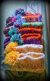 Arkimamman Arkiralli: Isomummilta liuta jämälankatossuja Crochet Chart, Knit Crochet, Knitting Socks, Knit Socks, Mittens, Blanket, Slippers, Knitting And Crocheting, Fingerless Mitts
