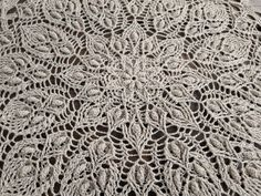 Lace Doilies, Crochet Doilies, Crochet Lace, Doily Wedding, Boho Wedding, Crochet Tree Skirt, Gifts For Bookworms, Lace Table Runners, Crochet Bookmarks