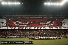 Fossa Dei Leoni - I've got a devil in me Milan 3-0 Manchester
