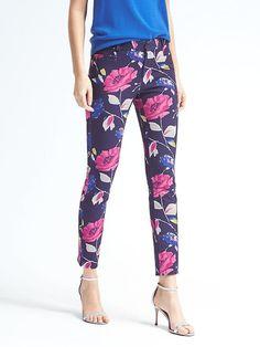 Sloan-Fit Floral Pant