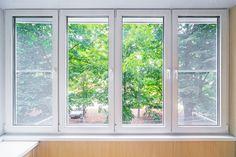 Should I Choose Vinyl Or Fiberglass Windows? Atrium Windows, Wood Windows, Large Windows, Windows And Doors, Best Replacement Windows, Window Cost, Bay Window, Window Manufacturers, Apartments