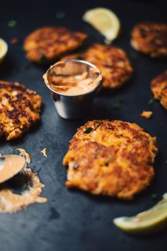 Les Croquettes, Confort Food, Crab Cakes, Canapes, Seafood Recipes, Salad Recipes, Tapas, Clean Eating, Muffin