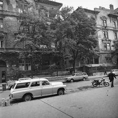 1979 képszám: 60622 találat: 74386 / 78931 orig: GÁRDOS GYÖRGY MAGYARORSZÁG BUDAPEST VI. Rippl-Rónai utca 23. és 25