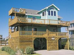 Above the Dunes, 5 bedroom Semi-Ocean Front home in Avon (just north of Hatteras), $4K - $4.2K - movie theater, nice deck/pool, 10@table, nice pool table, great beach access, dated decor, crappy kitchen