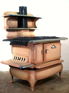 Google Image Result for http://4.bp.blogspot.com/_ft822rDlu5Q/TL_ltNqi8eI/AAAAAAAACJk/44dN-7rCV8k/s1600/Antique-stoves-07.jpg