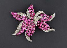 Crown Trifari Silver Flower Floral Brooch - Vibrant Pink & Grey Rhinestones