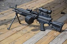Airsoft Guns, Weapons Guns, Guns And Ammo, Light Machine Gun, Machine Guns, Battle Rifle, Assault Weapon, Military Weapons, Firearms