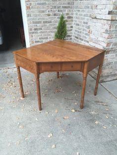 Ethan-Allen-Heirloom-Maple-CRP-Nutmeg-Corner-Desk US $289.00