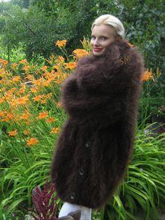 Fur Fashion, Sweater Fashion, Womens Fashion, Mohair Sweater, Men Sweater, Catsuit, Mantel, Fur Coat, Wool