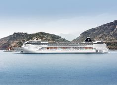 MSC Armonia is an outstanding ship combining a classic cruise liner ambience with luxury facilities. Explore photos and details about MSC Armonia cruise online. Msc Cruises, Restaurants, Kabine, Genoa, Disney Cruise, Sailing, Vacation, Martini Bar, World