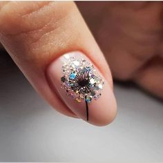 Glamorous Nail Design Ideas so that you Flaunt your Nails with Confidence NagGlamorous Nail Design Ideas so that you Flaunt your Nails with Confidence NagGlamorous Nail Design Ideas so that you Flaunt your Nails with Confidence Nageldesign Confidence Desi Rose Gold Nails, Matte Nails, Gel Nails, Acrylic Nails, Coffin Nails, Glitter Nails, Dark Nails, Pink Nail, Blue Glitter