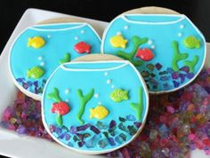 Fishbowl Cookies..i keep thinking of making a card w/fish...now this is my inspiration : )