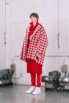 Color Harmony, Winter Looks, Men Looks, Fashion Addict, Color Inspiration, Women Wear, Gucci, Neon Signs, Colours