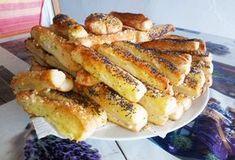 mod preparare saratele de casa cu mac si susan Mac, French Toast, Food And Drink, Breakfast, Fiesta Party Foods, Morning Coffee, Poppy