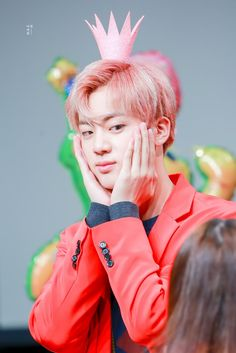Jin ❤ BTS at the Mokdong Fansign #BTS #방탄소년단