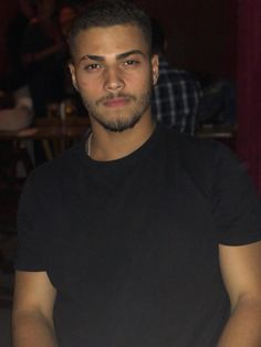 Discover recipes, home ideas, style inspiration and other ideas to try. Cute Lightskinned Boys, Cute White Boys, Hot Boys, Pretty Boys, Gorgeous Black Men, Just Beautiful Men, Beautiful Men Faces, Fine Boys, Fine Men