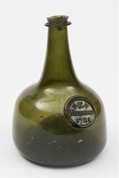 A previously unrecorded sealed magnum onion wine bottle dating from circa 1710-20 (FS24/358) was sold for £3,200.
