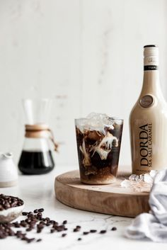 Get grounded with our Dorda Cold Brew. This coffee upgrade is anything but routine. Hot Chocolate Milk, Chocolate Syrup, Melting Chocolate, Dessert Shots, Sea Salt Caramel, Caramel Recipes, Heavy Whipping Cream, Candy Apples, Cold Brew