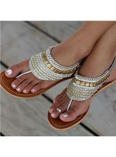 Shoespie Rivet Decorated Thong Flat Slippers
