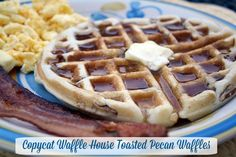 Copycat recipe for Waffle House Toasted Pecan Waffles - YUM! #waffles #copycat #breakfast