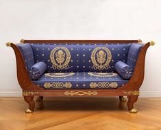 Jacob-Desmalter et Cie Stamped JACOB and also stamped with an H and a crown for the Garde-Meuble of Queen Hortense Gilt bronze mounted mahogany Victorian Sofa, Furniture, Regency Furniture, English Furniture Style, Upcycled Home Decor, Furniture Design Modern, Home Interior Accessories, Living Room Orange, Empire Furniture