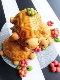 (815) 寿龟公仔饼Chinese Mooncake Biscuit | Cute Food | Pinterest