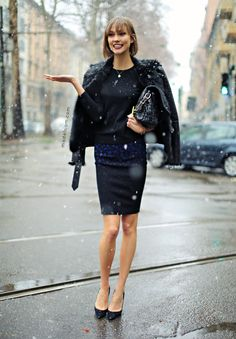 MODELS JAM: Karlie Kloss braving the snow after Dolce and Gabbana, Milano, February 2013