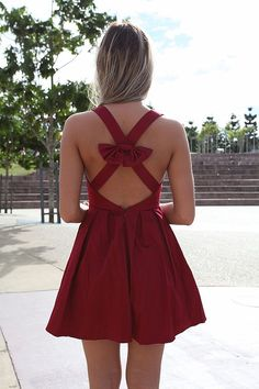 I'm going to make you one of these in Gator colors for game day. The description on this one said this was a USC game day dress.
