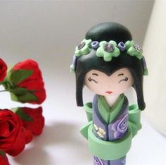 Miniature Kokeshi Doll, Eye Candy, in Emerald and Lavender Purple Polymer Clay Figures, Cute Polymer Clay, Polymer Clay Dolls, Polymer Clay Projects, Kokeshi Dolls, Momiji Doll, Matryoshka Doll, Doll Eyes, Doll Japan