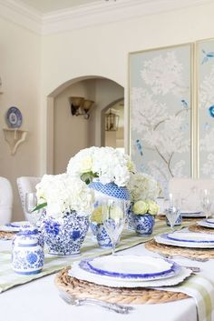 From summer table decorations to centerpieces, these 16 Summer Table Settings will have you ready to dine in style. There are so many creative ideas, from alfresco dining, candle light dining, casual country dining, to elegant summer tablescapes, there is something for everyone. Summer Table Decorations, Table Centerpieces, Home Decor Inspiration, Decor Ideas, Decorating Ideas, Blue And White China, Al Fresco Dining, Elegant Homes, Table Settings