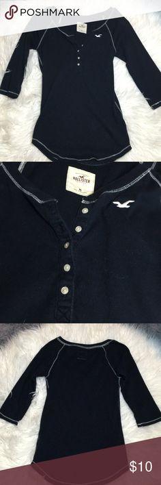 Shirt 3/4 sleeves, curved bottom hem, navy blue Hollister Tops