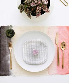 DIY Christmas Gifts for Mom | Dipped Dyed Linen Placemats