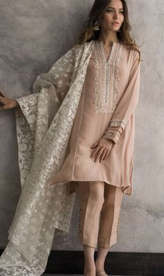 Sable Vogue Clearance Sale Up To Off – Sable Vogue now offers end of the se… - Pakistani dresses Dress Indian Style, Indian Fashion Dresses, Indian Designer Outfits, Designer Dresses, Casual Indian Fashion, Stylish Dress Designs, Designs For Dresses, Stylish Dresses, Casual Dresses