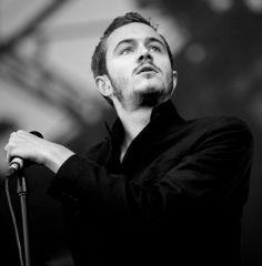 That voice... those eyes!  tom smith