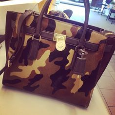 2016 MK Handbags Michael Kors Handbags, not only fashion but get it for Michael Kors Handbags Outlet, Cheap Michael Kors, Mk Handbags, Handbags On Sale, Michael Kors Hamilton, Purses And Handbags, Michael Kors Bag, Fashion Handbags, Mk Purse