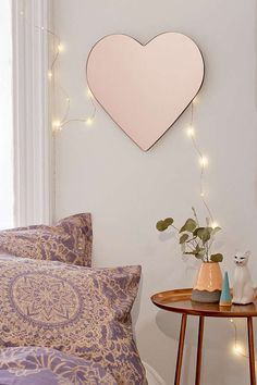 Urban Outfitters Heart Mirror - This mirror would make a great vanity if you set it low against a table. Or use it as part of your Valentine's Day decor. Home Decor Accessories, Decorative Accessories, Decor Interior Design, Interior Decorating, Mirrors Urban Outfitters, Heart Mirror, Deco Rose, Diy Home Decor, Bedroom Decor