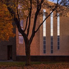 A little sunset glow on the lovely First Christian Church by Eliel Saarinen | photo by Hadley Fruits