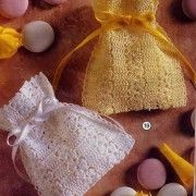 """New Cheap Bags. The location where building and construction meets style, beaded crochet is the act of using beads to decorate crocheted products. """"Crochet"""" is derived fro Crochet Sachet, Crochet Pouch, Crochet Purses, Thread Crochet, Crochet Gifts, Crochet Stitches, Blog Crochet, Filet Crochet, Crochet Motif"""