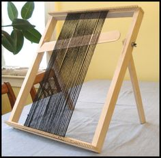 """Lost Pond Looms """"The Dragonfly"""" Medium Table Top Loom"""
