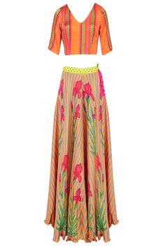 Anupamaa Dayal presents Orange floral printed lehenga set available only at Pernia's Pop Up Shop. Salwar Kameez, Pernia Pop Up Shop, Indian Ethnic, Dream Dress, Indian Wear, Vintage Looks, Kaftan, Lehenga, Party Wear