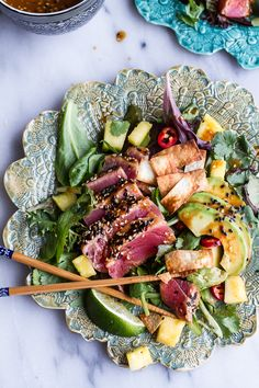 Seared Ahi Tuna Poke Salad with Hula Ginger vinaigrette + Wonton Crisps: YUM Chicken Salad Recipes, Seafood Recipes, Cooking Recipes, Healthy Recipes, Burger Recipes, Lunch Recipes, Clean Eating, Healthy Eating, Healthy Food