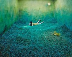 """Young Korean artist Jee Young Lee recently presented her beautiful, surrealistic and Photoshop-free photography exhibition named """"Stage of Mind"""". The magic Photography Exhibition, Surrealism Photography, Illustration Manga, Instalation Art, Grand Art, Tiny Studio, Studio Room, Studio 42, Awesome"""