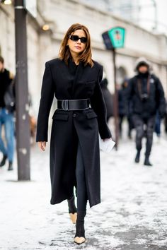 Paris Fashion Week Street Style Fall 2018 Day 3 - The Impression