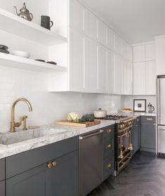 Post Image Classic Kitchen, New Kitchen, Kitchen Ideas, Kitchen Grey, Rental Kitchen, Kitchen Sink, Kitchen Wood, Kitchen Backsplash, Kitchen Countertops