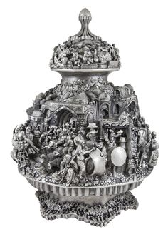 The best Silver engraving This is a kind of iranian silver work Artist:Hamzeh shafiemehr Instegram id:silver_shafiemehr Antique Metal, Antique Items, Antique Silver, Silver Pooja Items, Bridal Makeup Looks, Copper Art, Image Notes, Silver Work, Shipping Containers